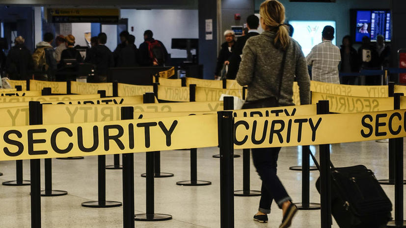 СМИ: Службы безопасности аэропортов США оказались неспособны предотвратить теракты