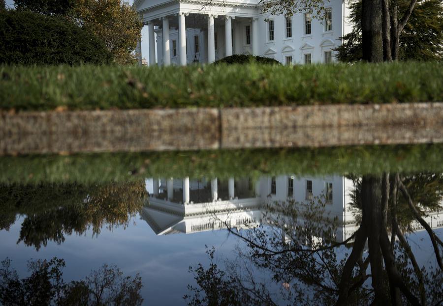 Пресс-секретарь Белого дома: Сноуден не является правозащитником или диссидентом
