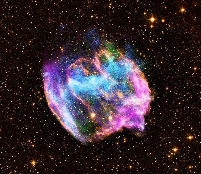 Самая молодая черная дыра таится в остатках сверхновой звезды