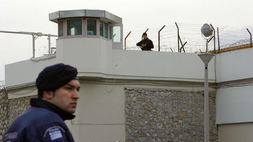 Греческий убийца пытался сбежать из тюрьмы на вертолете, но был сбит