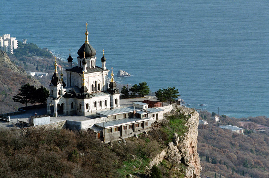 СМИ: Судьба крымских христиан пока не определена
