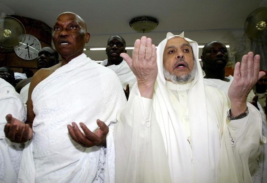 Коронавирус препятствует совершению исламских священных обрядов
