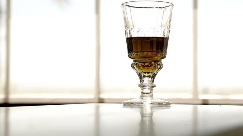 В России сегодня ужесточается оборот спирта
