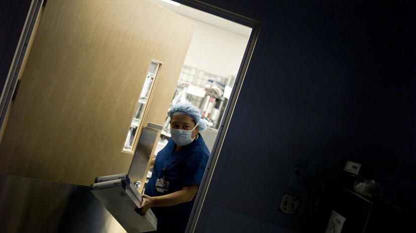 Медсестры в английском Глостершире «слишком заняты», чтобы кормить пациентов