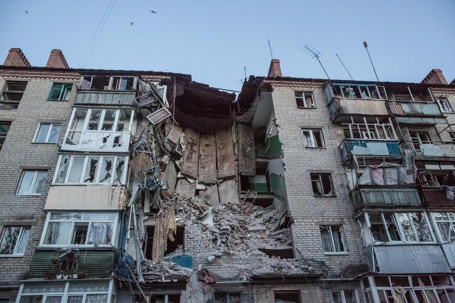 Украинские силовики возобновили артобстрел Донецка, насилие продолжается и в других регионах