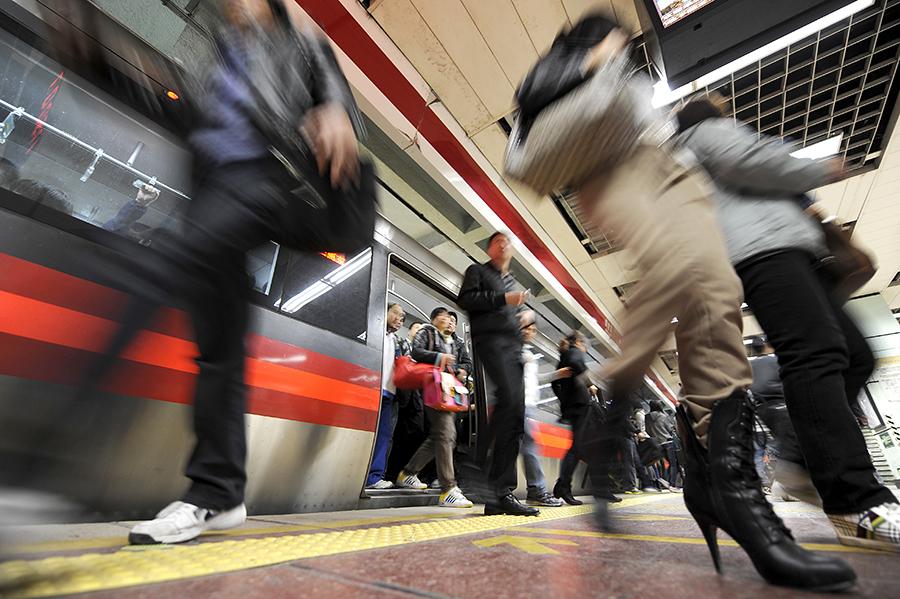 В Китае открыли «подводное» метро