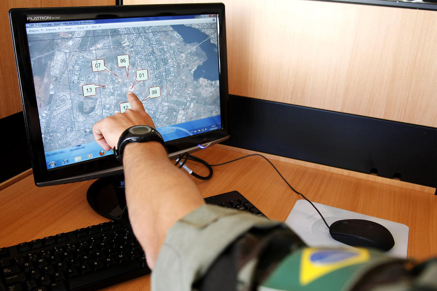 Сотрудники бразильской разведки следили за российскими дипломатами