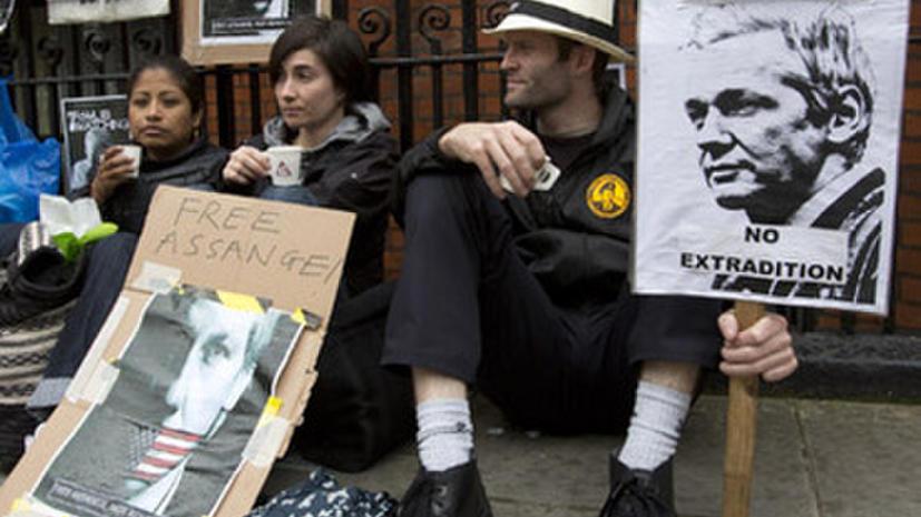 Полиция Мельбурна разогнала акцию протеста сторонников Ассанжа