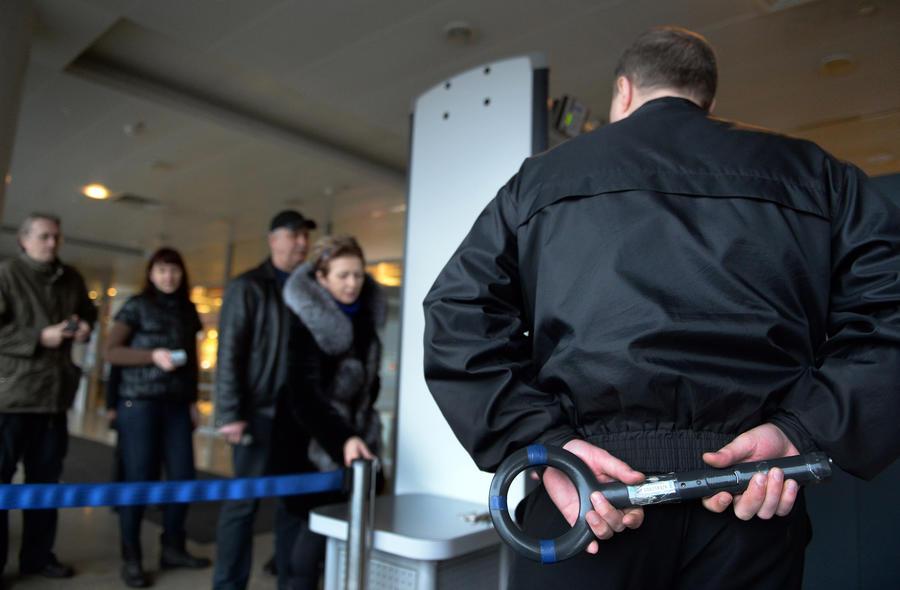В Греции задержали россиянина, объявленного в розыск за избиение полицейского в «Шереметьево»