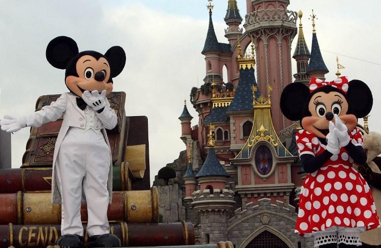 СМИ: Disneyland пошёл по пути АНБ и выпустил браслеты, которые отслеживают местонахождение владельца