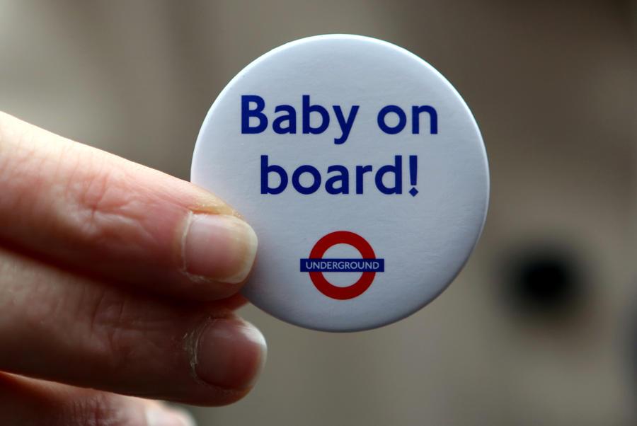Американки торгуют положительными тестами на беременность в Интернете