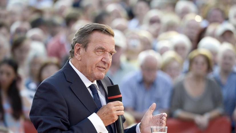 Герхард Шрёдер: Ангела Меркель не должна игнорировать мнение России