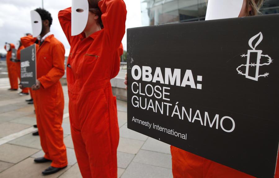 Мусульмане призвали Барака Обаму прекратить издеваться над узниками Гуантанамо в Рамадан