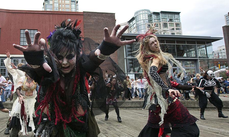 Канада в случае угрозы отразит нашествие зомби, успокоил местный МИД