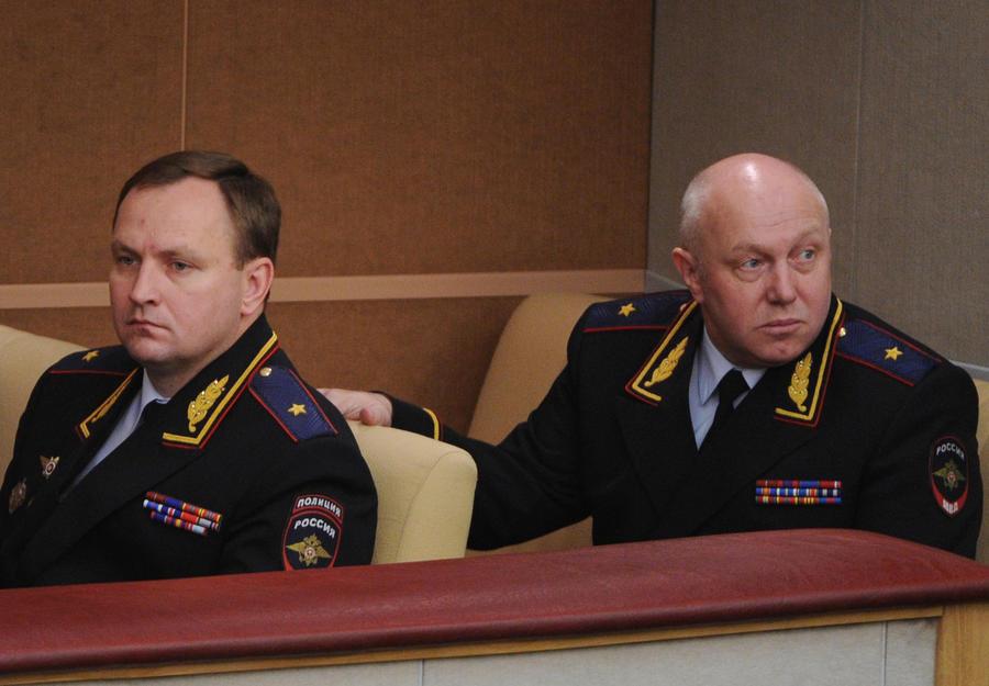 «Главный борец с коррупцией» в МВД Денис Сугробов отправлен в отставку