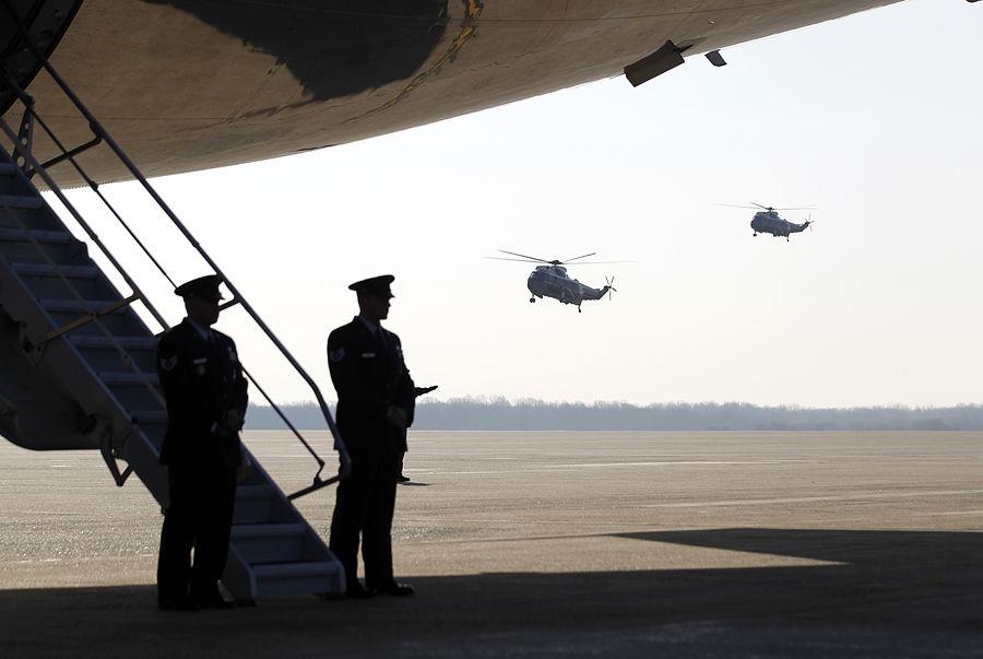 США закрывают военные аэродромы по всему миру и увольняют пилотов