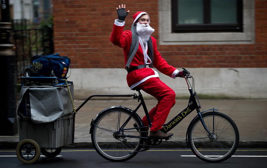 Санта-Клаус на велосипеде ограбил магазин в Оксфорде