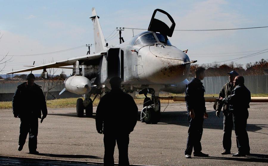 Бомбардировщик Су-24 разбился под Волгоградом