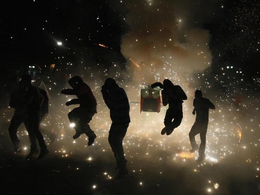 Число жертв взрыва фейерверков в Мехико возросло до 16