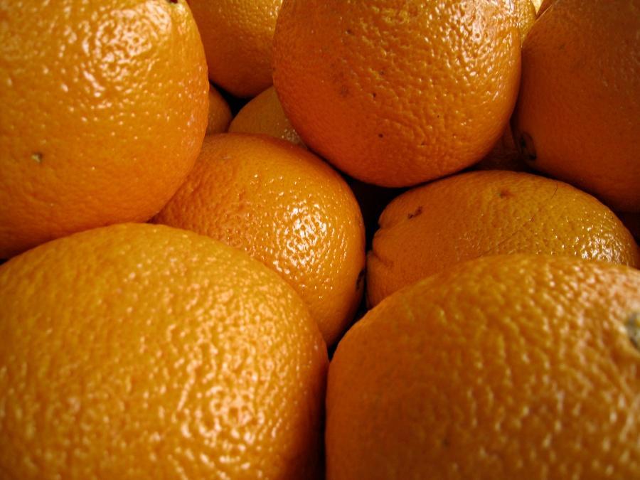 Колумбийская полиция обнаружила тонну марихуаны, замаскированную под апельсины