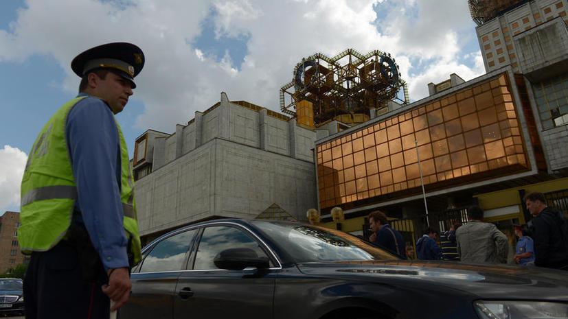 Госдума увеличит штраф для водителей, скрывающих номера машин от камер