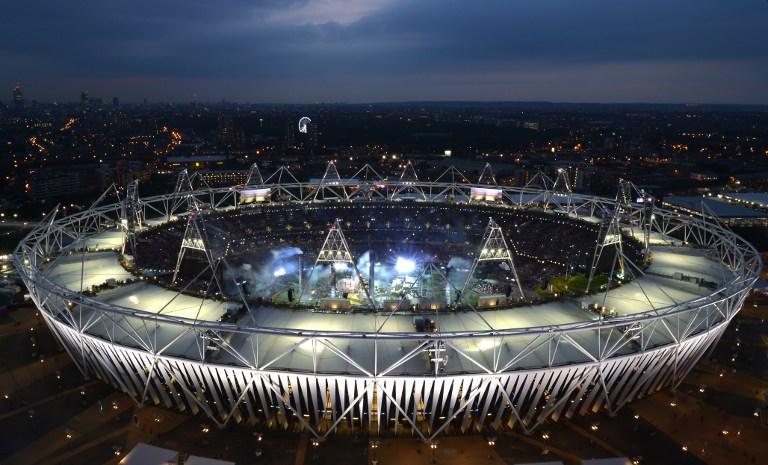 Олимпийский стадион достался «футболистам-молотобойцам»