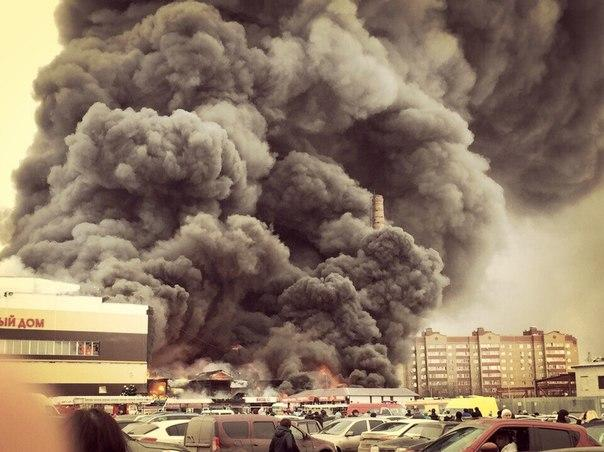 В торговом центре в Казани произошёл сильный пожар, четыре человека погибли, 19 пострадали