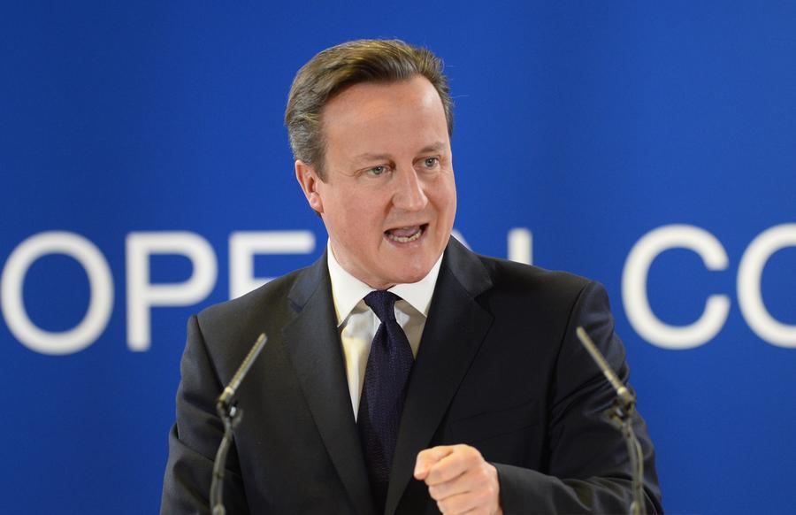 Парламентарии требуют от Дэвида Кэмерона заблокировать действие миграционного законодательства ЕС
