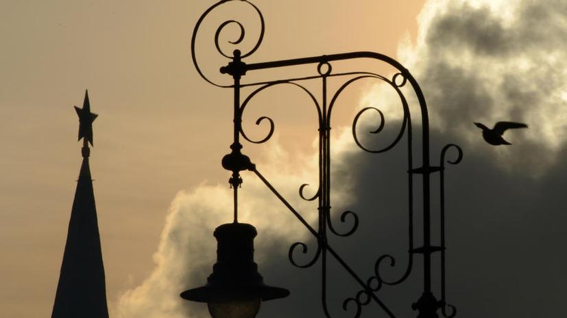 Кремль и другие памятники застрахуют от реставраторов и поджигателей