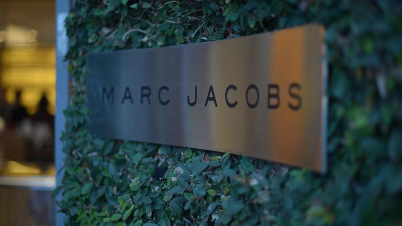 Marc Jacobs продаёт духи за твиты