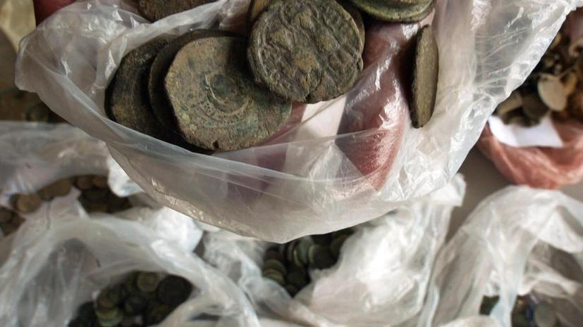 Эстонец нашёл на своем поле 100 кг старинных монет