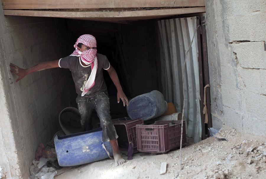 Египет затопил тоннели контрабандистов в Газе