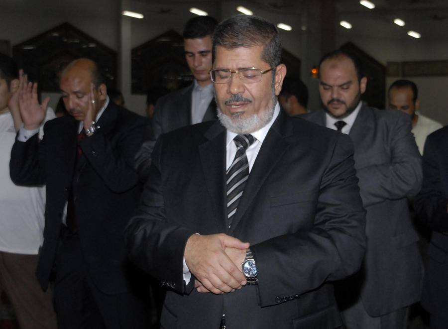 Семья Мухаммеда Мурси обвинила египетских военных в его похищении