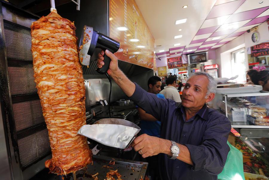 В итальянской Вероне запретили открывать кафе по продаже кебабов