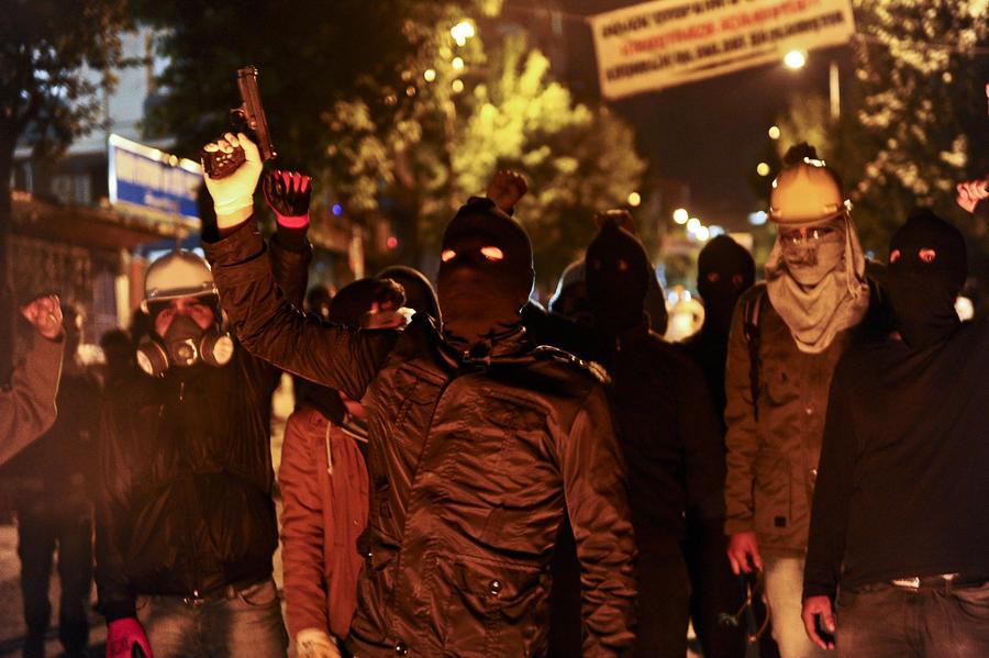 В Стамбуле снова разогнали митинг в честь годовщины протестов на площади Таксим
