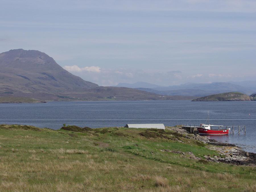 В Шотландии продается целый остров