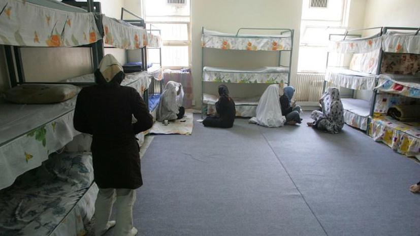Духовный лидер Ирана объявил амнистию для женщин-заключенных