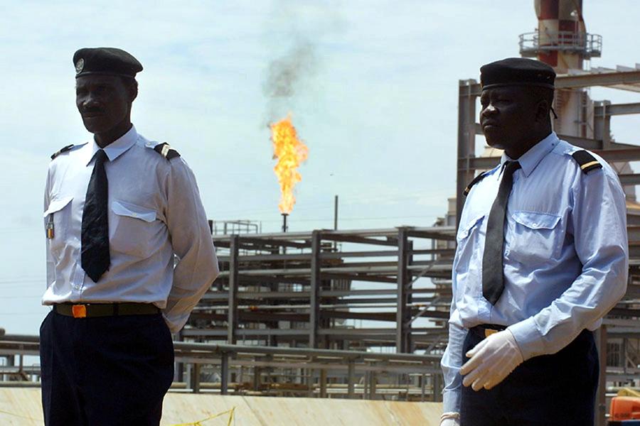 Нефтяная компания из Канады призналась в подкупе африканских чиновников