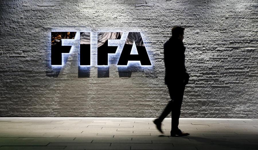 Шейх против генсека: сегодня мировой футбол обретёт нового главу