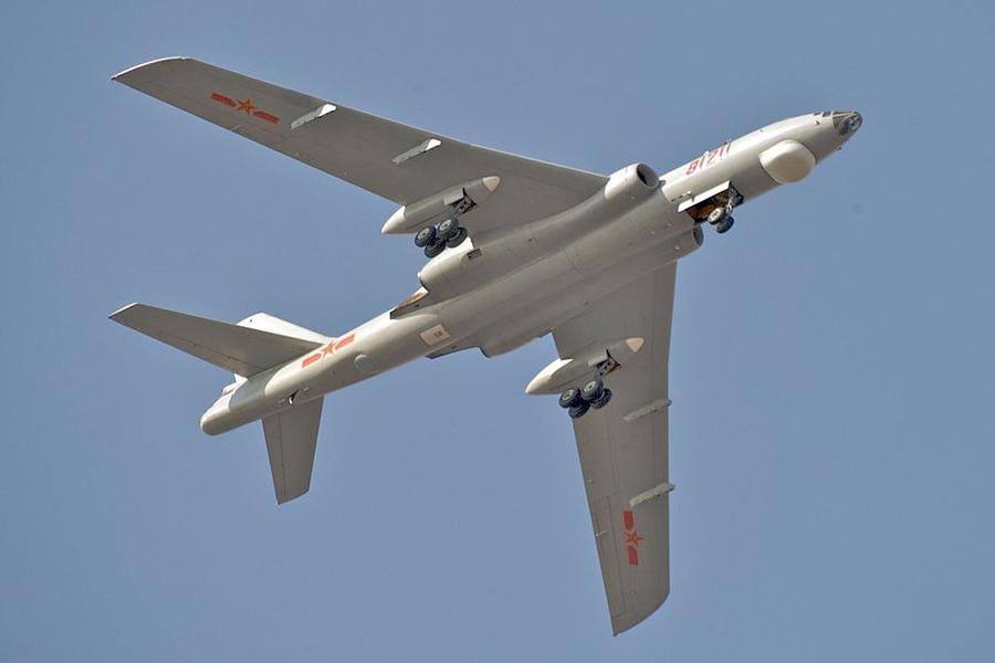 Китай перебросил свой ядерный бомбардировщик к границе с Северной Кореей
