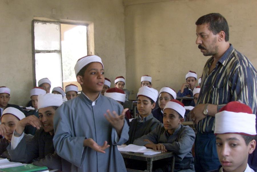 В Египте учителя наказали за «политический» вопрос на экзамене