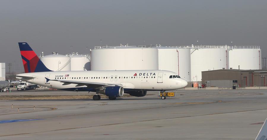 Покупатели авиабилетов в США «нагрели руки» на компьютерном сбое