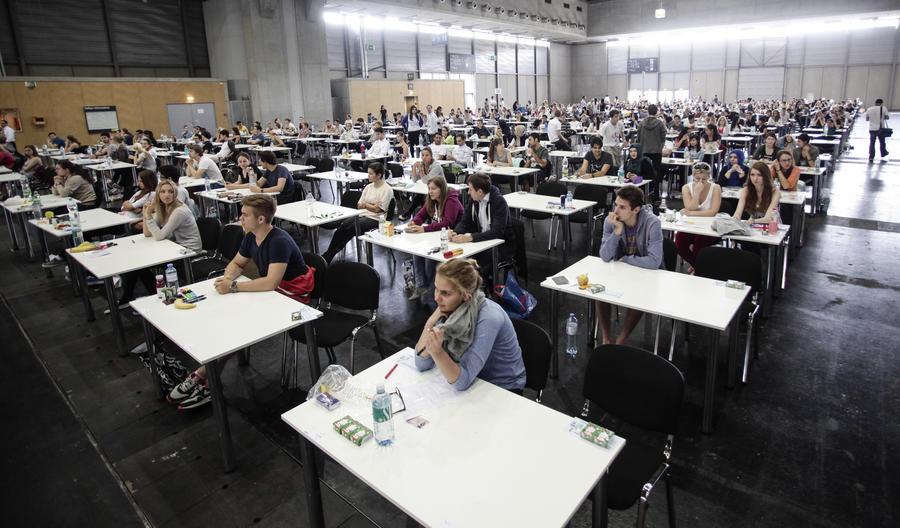 ЕС запретил швейцарским студентам участвовать в программах обмена и заморозил выплаты грантов