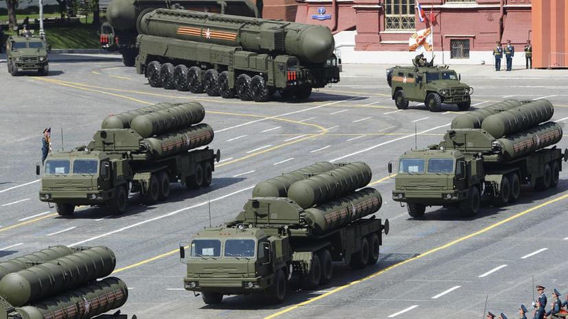Американский аналитик посоветовал Китаю закупать российские танки, ракеты и подлодки