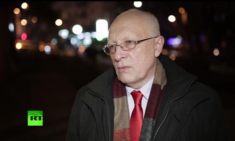 Эксперт: Деньги Запада не помогут Украине, так как осядут в карманах олигархов
