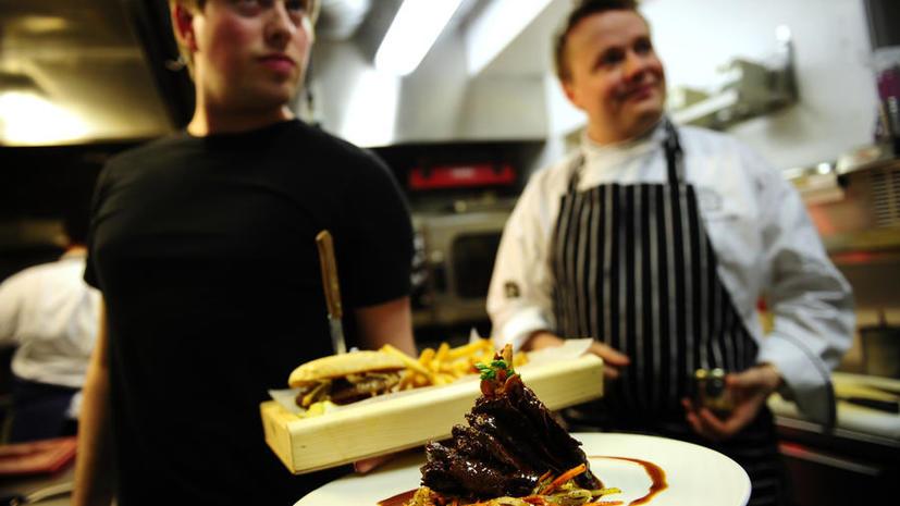 В США закрыт ресторан, где подавали блюда из мяса исчезающего вида китов