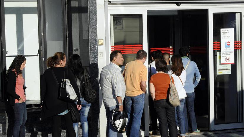 Уровень безработицы в Испании достиг максимума с 2001 года