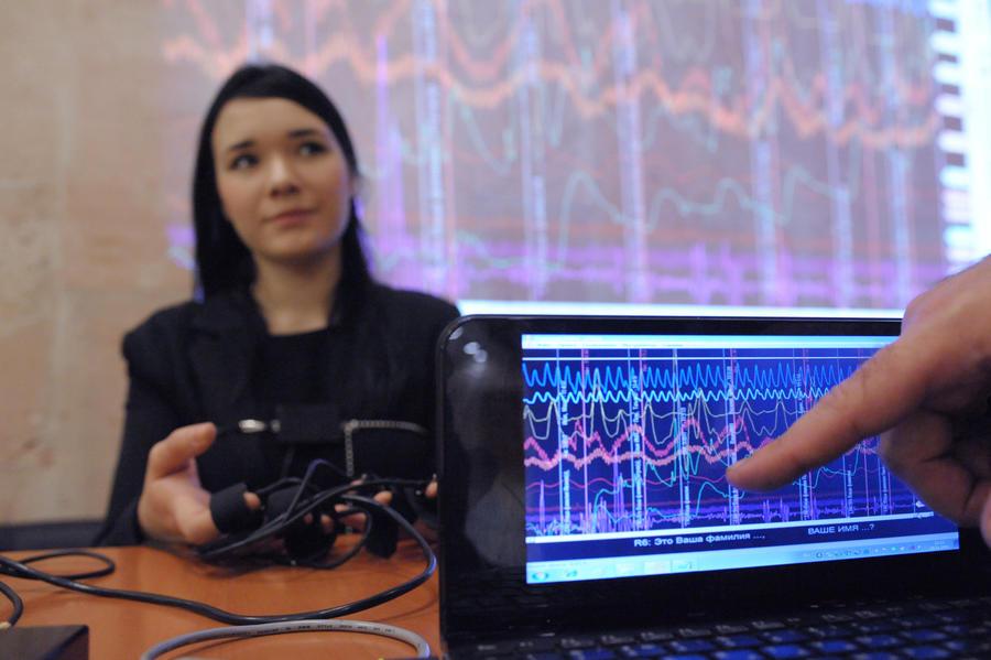Россию захлестнула мода на детекторы лжи