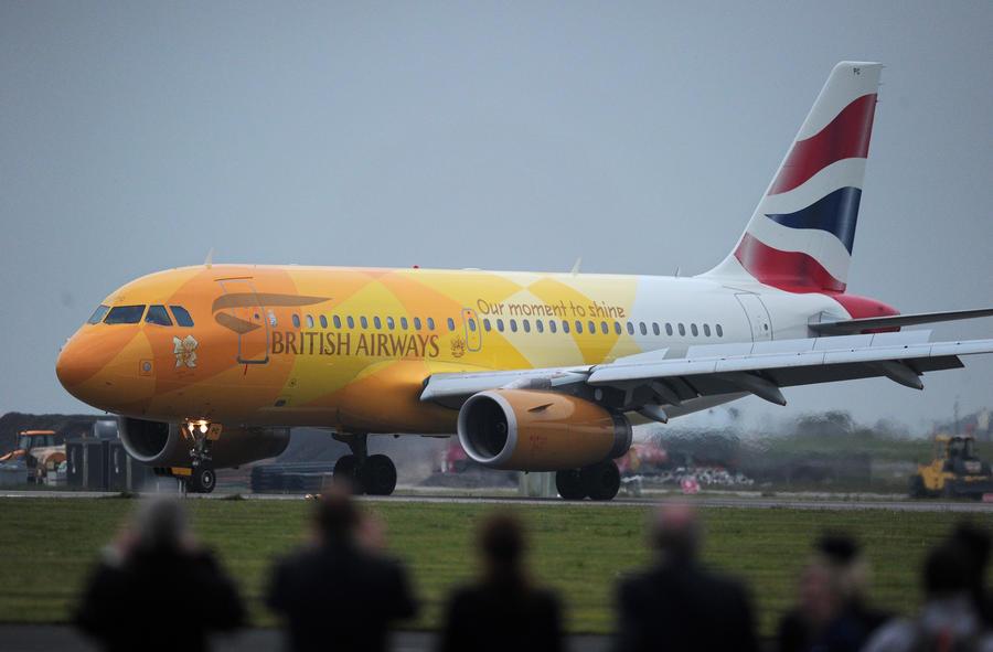 Британский самолёт задержали на три часа, чтобы пилот мог выспаться после вечеринки