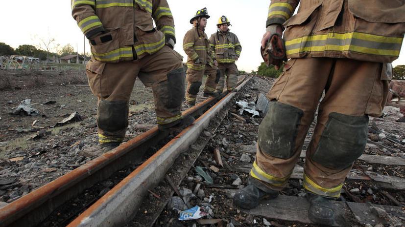 В Бельгии поезд с химическими веществами сошел с рельсов и загорелся, 300 человек эвакуированы